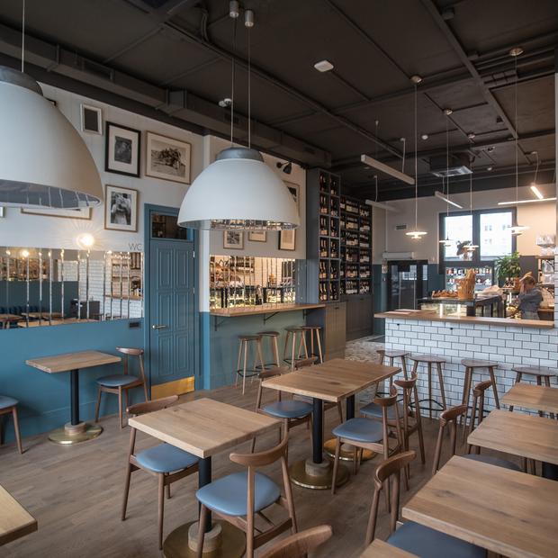 «Истерическая атмосфера»: Владельцы Bro Bakery открыли кафе, несмотря на кризис из-за коронавируса — Новае месца на The Village Беларусь