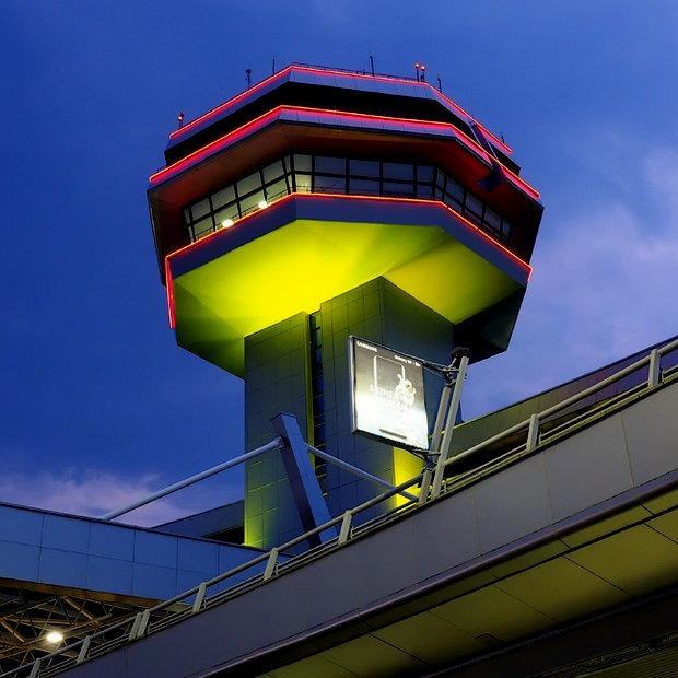 «Вышло неуклюже»: Что минский аэропорт так и не смог сделать за 15 лет