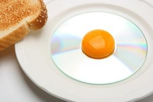 Хорошая привычка: Почему стоит брать свою еду на работу вместо обеда в кафе